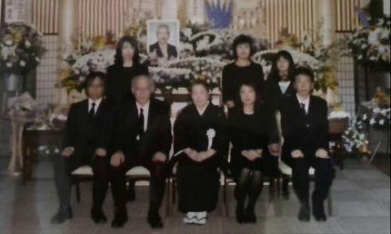 お葬式の時の記念写真